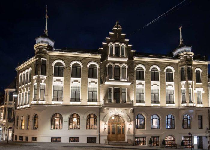 Hotell Nittennullfire Åleseund